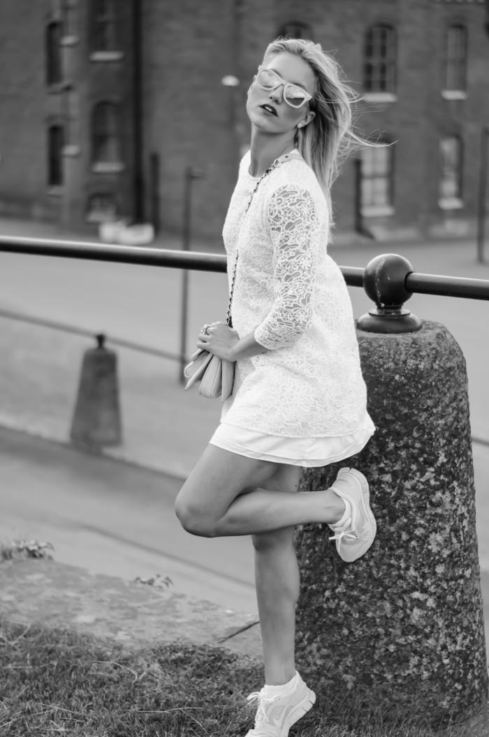 Malin vit Zara klänning-12
