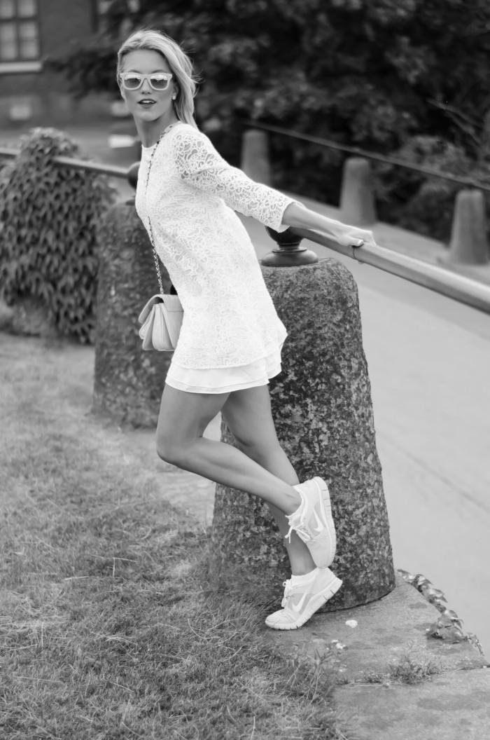 Malin vit Zara klänning-20