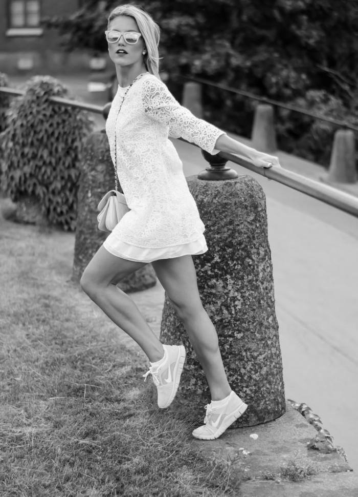 Malin vit Zara klänning-21