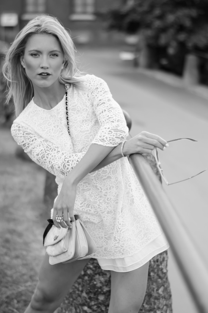 Malin vit Zara klänning-16