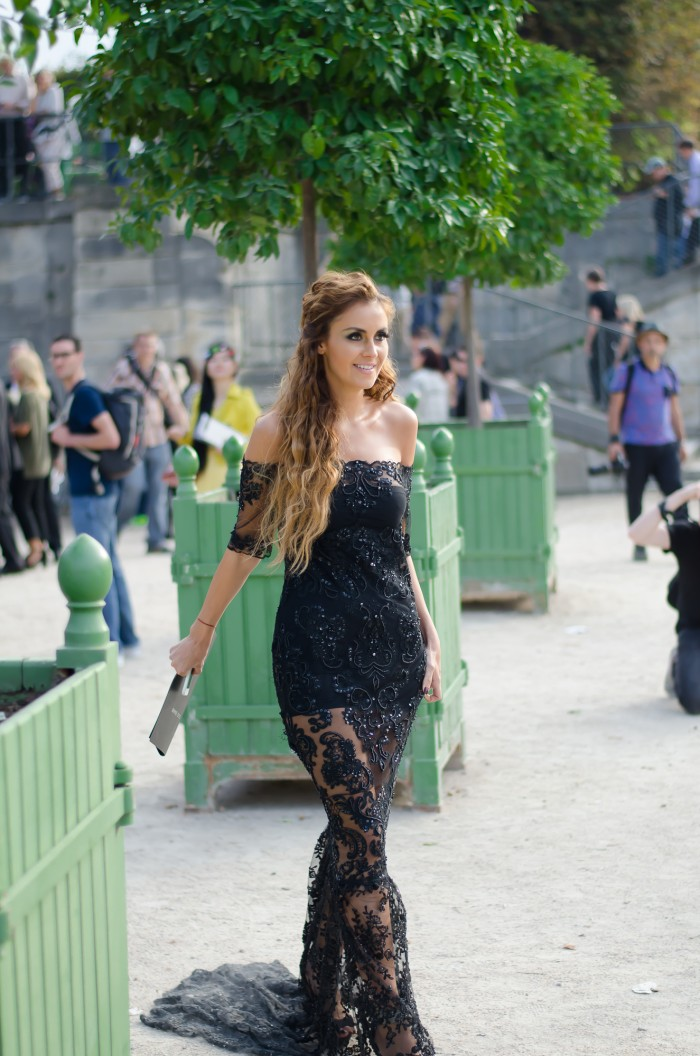Black lace dress-1